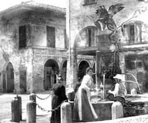 Asolo, La fontana di piazza Garibaldi