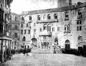 Treviso, Piazza dei Signori nel 1873, foto Ferretto