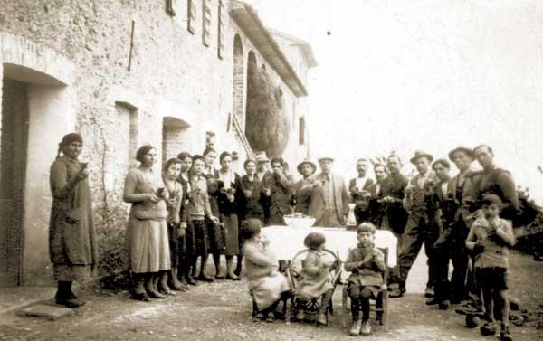 Gruppo famigliare a San Pietro di Feletto (TV), anni '40 - FAST Fondo SPF